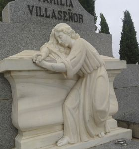 c_280_300_16777215_00_images_fotos_colaboraciones_cementerio5.jpg